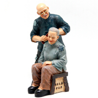 家居摆件老人情侣乡村风格仿真树脂人物老人梳头摆设