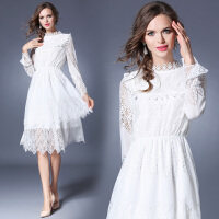 复古白色蕾丝刺绣长袖连衣裙大摆旅游度假沙滩中长裙仙女裙礼服