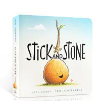 英文原版 Stick and Stone棍子和石头 儿童趣味图画故事纸板书 温暖友谊 押韵亲子阅读绘本 幼儿睡前故事
