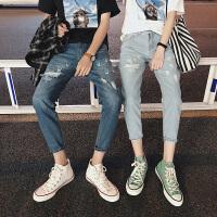 18夏季新款情侣牛仔裤韩版修身小脚破洞牛仔9分裤复古做旧个性潮