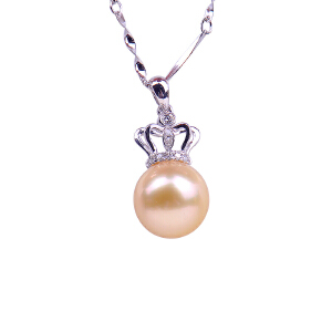 梦克拉 18K金钻石珍珠王冠吊坠 强光正圆海水珍珠吊坠 镶钻皇冠珍珠吊坠 女王之光