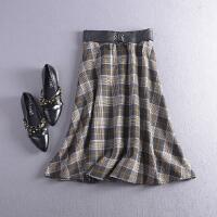 C1FSA04秋冬季韩版新品高腰格子后半松紧腰半身裙