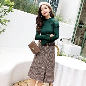 2019春装新款女装气质显瘦两件套针织衫配格子半身裙女神范套装女