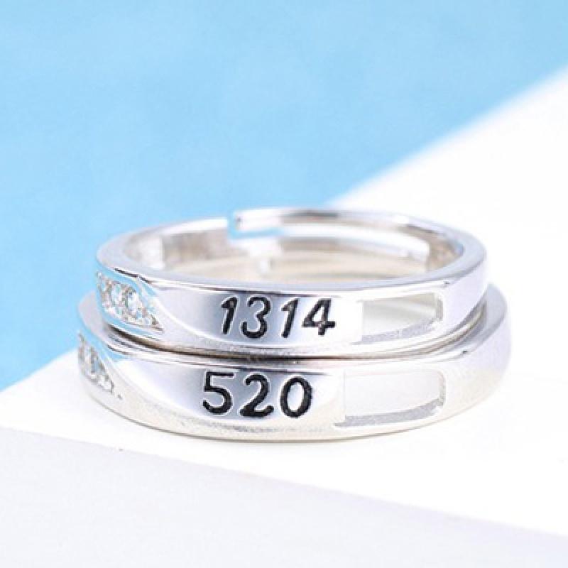 多种选择欧美流行男女对戒情侣戒指仿真钻石饰品结婚活口对戒 发货周期:一般在付款后2-90天左右发货,具体发货时间请以与客服协商的时间为准