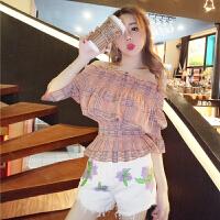 格格家 夏装新款一字领时髦露腰上衣+高腰牛仔绣花短裤热裤套装女