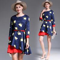 初秋女装新款时尚气质a型显瘦复古印花收腰减龄小心机连衣裙