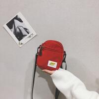 手机包女斜挎火包日系原宿韩版少女百搭宽带honey蹦迪小包包