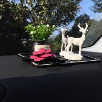 汽车用品创意摆件家居一鹿平安小鹿摆件车内饰品车汽车摆件男女款