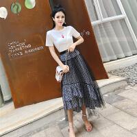 夏装新款时髦短袖T恤+网纱拼接不规则格子半身裙长裙套装