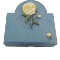 首饰盒韩国 公主 欧式 耳饰品首饰收纳盒 项链饰品展示架礼品盒子 浅蓝色 绒布刺绣右边格子