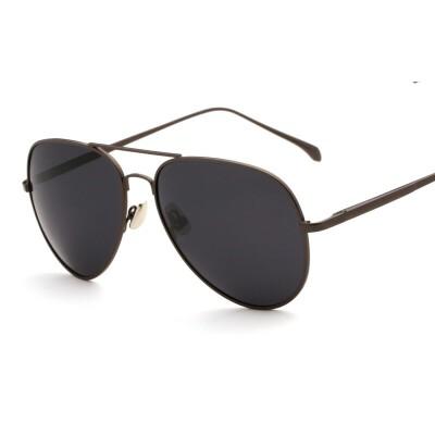 男士反光开车司机太阳眼镜偏光太阳镜男潮人炫彩蛤蟆镜女黑色墨镜