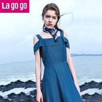 Lagogo2017夏季新款吊带裙子漏肩短袖纯色高腰短裙女牛仔连衣裙