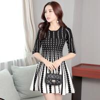 秋装新款女装韩版修身中长款裙子时尚打底裙长袖针织连衣裙女
