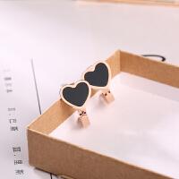 简约黑色小爱心装饰耳扣玫瑰金钛钢耳环简约学生短发耳饰女士 黑色