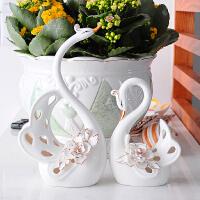 创意陶瓷工艺品 情侣天鹅结婚礼物 家居装饰摆件品