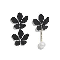 女气质仿珍珠吊坠耳钉长款简约个性耳饰日韩版不对称花朵耳环