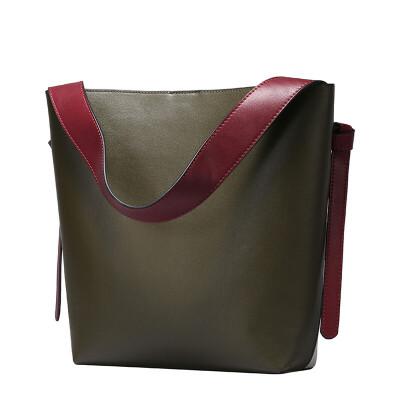春夏新款牛皮女包撞色水桶包休闲时尚牛皮购物袋单肩包    Q