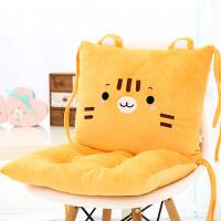 创意猫咪办公椅靠垫坐垫连体护腰枕抱枕汽车多用抱枕腰垫