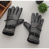 新款防滑男韩版冬季保暖防风防水手套骑车男士手套