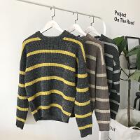 新款情侣装秋冬男女韩版宽松条纹圆领套头毛衣学生针织衫外套