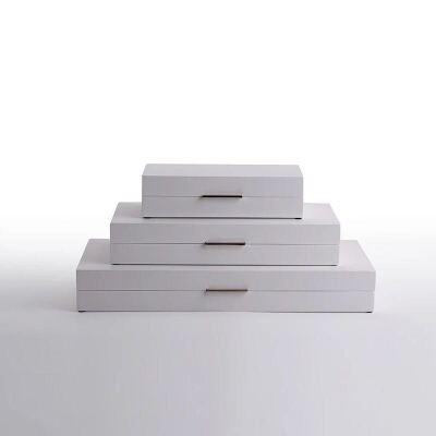 新中式现代简约室内软装饰品摆件 家居木质漆器三件套首饰收纳盒 发货周期:一般在付款后2-90天左右发货,具体发货时间请以与客服协商的时间为准