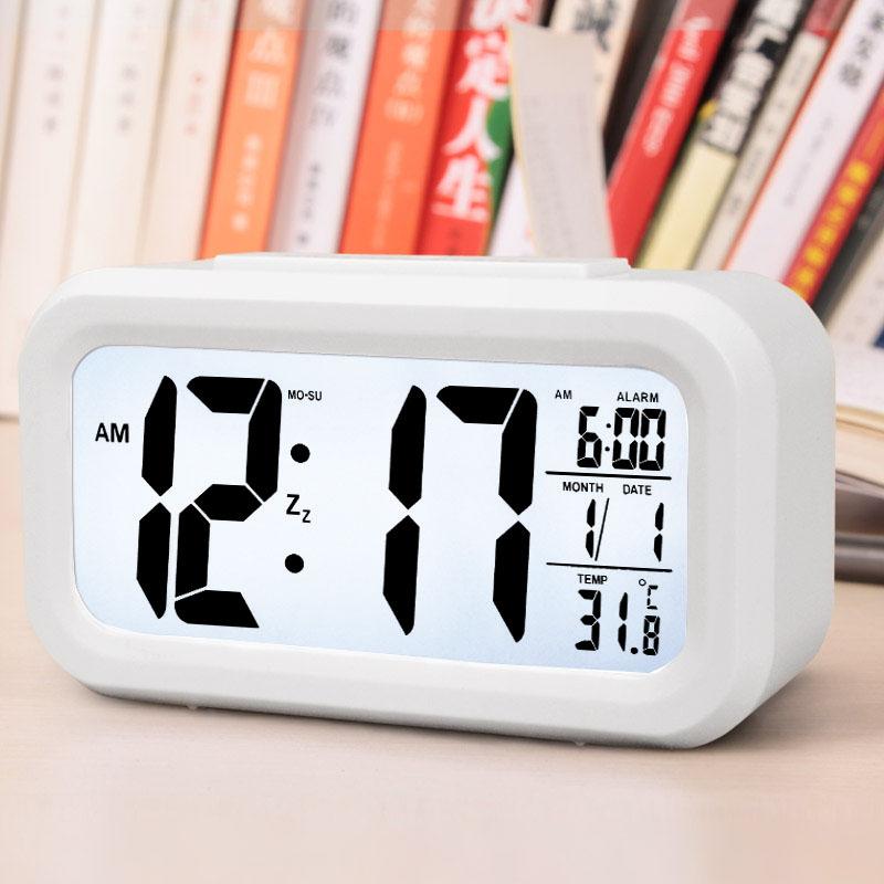 汉时钟表 LCD创意温度感光儿童电子钟静音夜光懒人聪明贪睡闹钟HA11    此款闹钟闹铃声约为70-80分贝,测试仪器、测试环境均会 导致分贝值有偏差,以上数据仅供参考热销款  好评见证 价格实惠