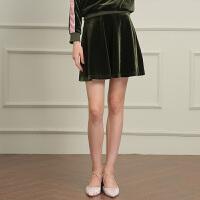 冬装新品 复古丝绒英文印花半身裙高腰短裙女D741822Q20