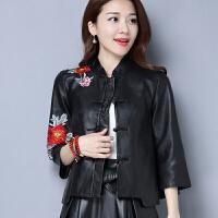 女装外套实拍春装新款原创设计民族风复古刺绣花皮衣短款外套