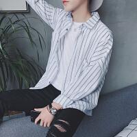 春装新款男士长袖衬衫韩版休闲宽松型竖条纹青少年学生衬衣潮