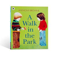 【全店300减100】进口英文原版绘本在公园里散步A Walk in the Park儿童低幼启蒙书籍