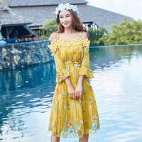 2017夏季新款性感露肩雪纺百褶显瘦长裙泰国海边度假沙滩连衣裙仙