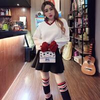 2017冬季新款韩版荷叶袖V领拼色针织衫+百褶短裙+过膝袜三件套装