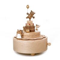 圣诞节礼物台湾木质创意礼品旋转小熊蛋糕音乐盒生日礼物 送女友八音盒