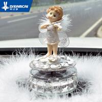 创意汽车摆件可爱女车载车饰太阳能个性娃娃车内饰品装饰漂亮内饰