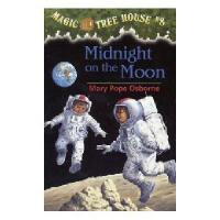 英文原版儿童书 Midnight on the Moon 神奇树屋8:月球之旅 新旧版本随 机发!