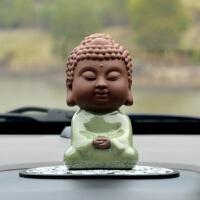 创意可爱汽车摆件车内内饰轿车车头用品车载陶瓷如来佛像装饰品