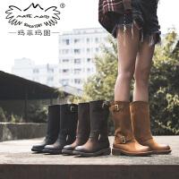 玛菲玛图马丁靴女靴子女秋冬新款中筒靴女中跟平底重工军靴皮带扣套筒靴5751B-28W