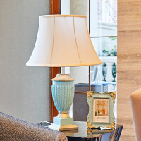 欧式简约雕花台灯摆件家居客厅电视柜茶几装饰品实用创意结婚礼物