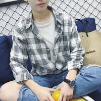 2018春夏新品休闲男士格子长袖宽松衬衣韩版青年潮流尖领长袖衬衫