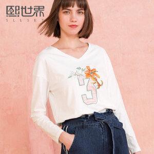 熙世界2018年春装新款刺绣长袖T恤女V领俏皮上衣女装111LT184