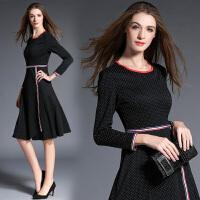 秋装新款女装修身显瘦气质印花A字裙格子长袖连衣裙秋中长款