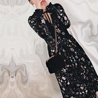 丝绒碎花连衣裙女长袖打底秋冬款2018春装新款复古系带百褶中长款 花色