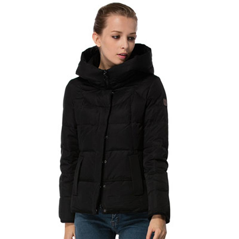 【一件三折 到手价:239.7】雅鹿羽绒服女短款 连帽纯色修身显瘦保暖外套冬装羽绒衣YQ1101120