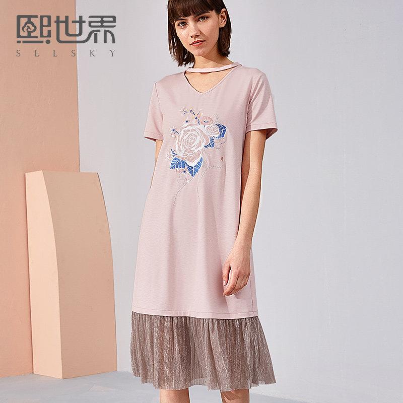 熙世界中长款短袖刺绣连衣裙2018年夏装新款V领绣花女装112SL041