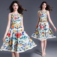 复古印花连衣裙春夏季新款高腰中长裙无袖几何图案大摆百褶裙