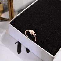 简约清新花朵食指环戒指女款日韩潮人钛钢镀玫瑰金戒子配饰品