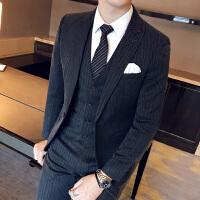 新品18秋冬新款男士潮流质面料西服套装韩版英伦修身青年免烫三件