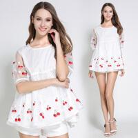 夏装新款短袖蕾丝衫女装宽松圆领娃娃衫欧根纱时尚绣花上衣