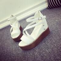 凉鞋女学生夏2018新款韩国厚底学生高跟露趾平底一字扣女鞋潮