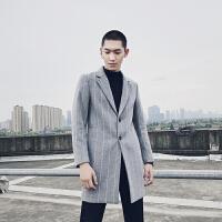 男装 冬 羊毛呢时尚潮条纹修身中长款大衣呢子风衣外套